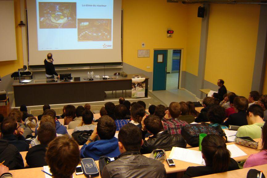 amphi IUT GMP formation scientifique et technique STI2D DUT GMP génie méca